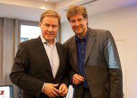 TV-Moderator und -Produzent Ulrich Meyer beim MHMK Medientalk mit Professor Thomas Hestermann