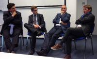 Moderator, Unternehmensvertreter, Regierungssprecher und Journalist (v. l.): Sievert, Höfelmann, Schlich, Otto