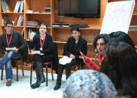 Über Erziehungsfragen Integration fördern