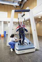 Gehbehinderte Patienten erhalten neue Therapiemöglichkeit in der Region Berlin-Brandenburg