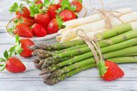 Tragetaschen, Tüten und Serviceverpackungen für die Erdbeer- und Spargelsaison