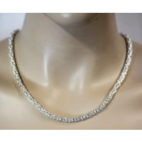 Silberketten – Die Allrounder unter den Accessoires