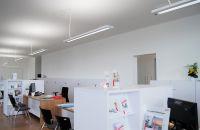 LED Beleuchtung am Arbeitsplatz steigert Leistung und Wohlbefinden, senkt Energieverbrauch und Kosten
