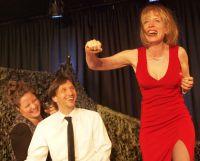 Probenfoto: Heike Ahlen, von links: Carmen-Marie Zens, Dannie Lennertz, Verena Bill