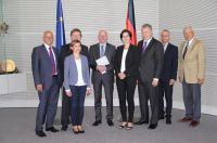 Die Herausforderungen der Demokratie in einer digitalen Welt – Bundestagspräsident empfängt Bundesvorstand der