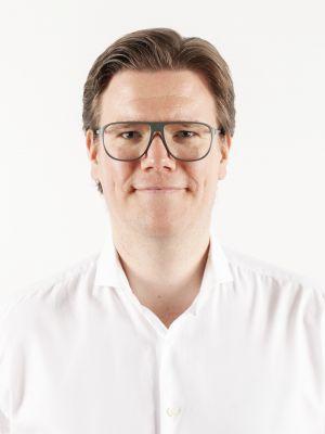 Dr. Patrick Peters ist Professor für PR, Kommunikation und digitale Medien an der Allensbach Hochschule.