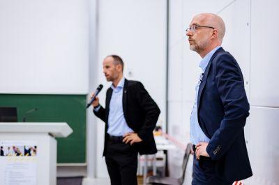 Christian Kremer (l.), Mathias Heidemann (r.) im Dialog mit dem Publikum