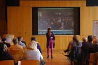 Bildungsrevolutionärin Margret Rasfeld inspirierte die zahlreichen in- und ausländischen Teilnehmer.