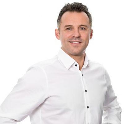 """Redner, Trainer und Coach Daniel Schäfer hält den Vortrag zum Thema """"Moderation"""""""