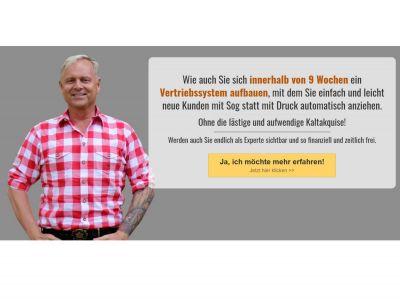 Der bayerische Vertriebsfreak Uwe Rieder mit seiner Vertriebsfreaks-Akademie