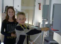 Ein ganz besonderer Fan: der neunjährige Jannis besucht SKIDATA
