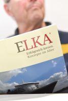 Kursteilnehmer mit unseren ELKA Buch Welcome on Board