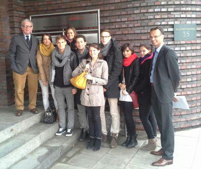 Die MHMK-Studentengruppe zu Gast beim Regionalverband Ruhr in Essen mit Dr. Dieter Nellen (links) und ihrem Dozenten Dirk Schröter