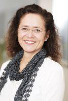Simone Anliker, lic.jur., Coach, Mediatorin, zertifizierte GfK Trainerin nach M.Rosenberg, Living Compassion nach R.Gonzales