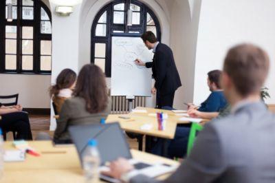 Seminare für den neugewählten Personalrat in Hessen. Der Dozent kommt in die Dienststelle.