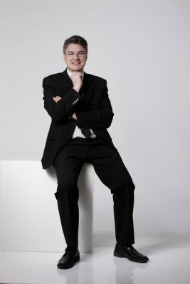 Prof. Dr. Lars Rademacher