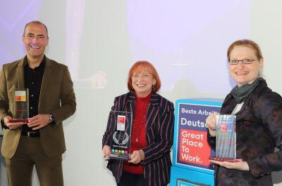 Über den 8. Platz bei Great Place to Work freuten sich Olaf Nieselt, Ingrid Hofmann und Michaela Kaufung.