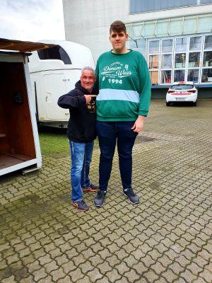 Torsten Thiele-HIrte im Bild von Links (Jorg Vespermann und Jannik)