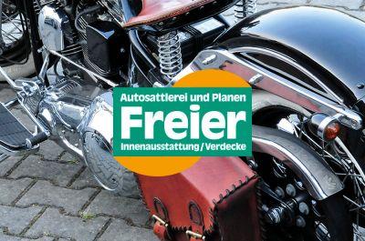 Auch Motorradsattel, -sitzbank, Satteltaschen und mehr werden in der Autosattlerei Freier angefertigt.