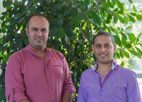 Alper Milicic und Jalal El Mouhadi aus dem Beraterteam der KAUSA-Servicestelle Brandenburg.