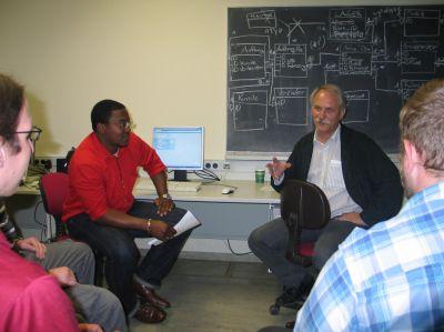 Lernen in kleinen Gruppen, dazu ein guter Praxisbezug. So sieht das Erfolgskonzept in Reutlingen aus