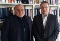 Rezzo Schlauch unterstützt die Allensbach Hochschule, Rezzo Schlauch, MdB a.D. und Staatssekretär a.D. und Kanzler Timo Keppler