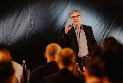 Trainer und Speaker Jürgen Zirbik - beim Speaker Slam Weltrekord in Hamburg