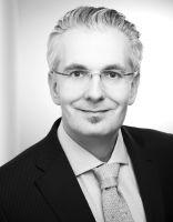 Dr. Christoph Barucha