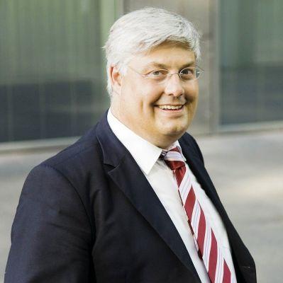 Prof. Dr. Dr. Martin Stieger ist neuer Rektor der Allensbach Hochschule in Konstanz.