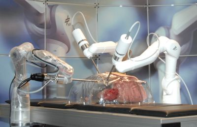 Das System MiroSurge ist ein Forschungsprototyp.Sieht so die Medizin der Zukunft aus?  F: Deutsches Zentrum für Luft und Raumfahrt