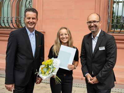 vl: Hans Beth, Alisa Gissmann, Prof. Dr. Uwe-Wilhelm Bloos; Foto:Lyonel Stief
