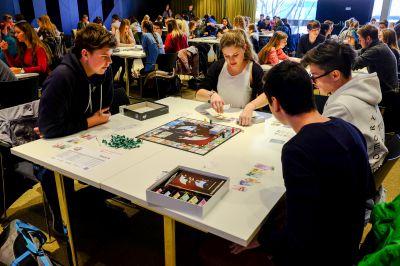 Die SCHOOLGAMES bringen spielerisches Lernen in Schulen in Deutschland und Österreich