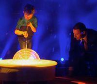 Seifenblasenkünstler Felix und Kai Pflaume bei Klein gegen Groß
