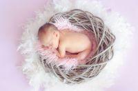 Das neugeborene Baby - das größte Glück stolzer Eltern