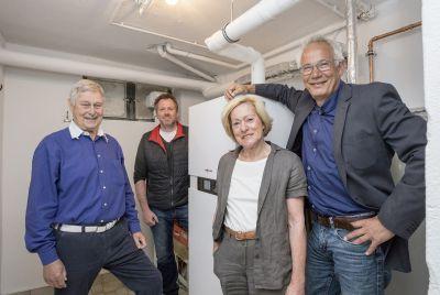 Moderner Wärmekomfort: Hausbesitzer freuen sich über das Rundum-Sorglos-Paket von german contract(c)german contract