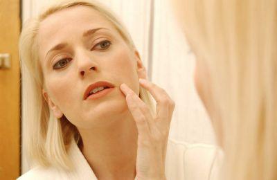 Bernstein wirkt heilend bei Schuppenflechte, Akne, Pollenallergie und Warzen (LaPantera Wien)