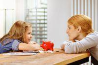 Die Taschengeldverhandlungen sind oft nicht ganz einfach. Geld und Haushalt, der Beratungsdienst der Sparkassen gibt dazu Tipps