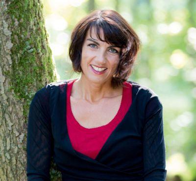 Kinderwunsch-Coach Manuela Riege-Schmickler bietet psychosoziale Hilfe in der Kinderwunschzeit.
