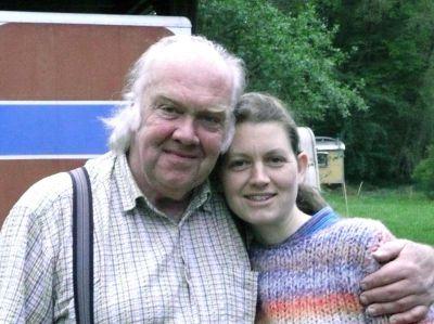 Mirtin Lüttge mit seiner Tochter Kamilla Hoerschelmann, Schulleiterin der Aton-Schule