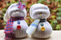 Kinder-Nachmittag im Museum: Wir basteln einen Socken-Schneemann