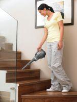 Mit den BLACK+DECKER Dustbustern kann man bequem Treppen, Bilderahmen, Lampenschirme, Heizkörper, Tür- und Fensterrahmen abstauben