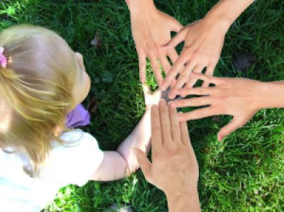 Ein Segensfest gibt Kindern das Gefühl geliebt und willkommen zu sein