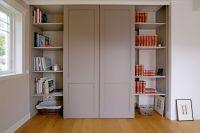 Geschickt verpackte Medientechnik hinter einer stilvollen Wohnwand