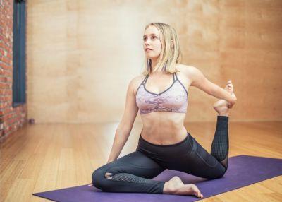 Pilates Uebungen