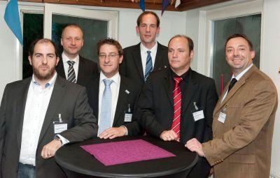 (Von links: Dipl. Ing. Joan Malagarriga Duarte, Dipl.-Ing.(FH) Stefan Hennig, Dipl.-Ing. Tobias Menke, Dr.-Ing. Bernd Kleuter, Mic