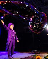 In seinem Event Showact zeigte Blub Seifenblasenkunst der Weltspitze