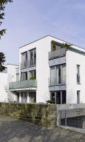 Ein massives Haus aus Ziegelmauerwerk stellt dank seiner Langlebigkeit eine sichere Geldanlage dar (Bild: Unipor, München).
