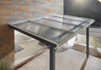 Kunststoffplatten überzeugen als Terrassenüberdachung mit hoher Robustheit und Durchsichtigkeit. (Foto: Wilkes GmbH)