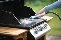 Nur mit Leitungswasser reinigt der Steambuster Gartengeräte, Möbel, Terrassenböden, Autofelgen, Pools, Grills uvm.