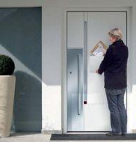 Axialbox ist ein wärmegedämmter Sicherheitsbriefkasten der in die Haustürfüllung integriert wird.   Foto: allebacker Briefkastensy